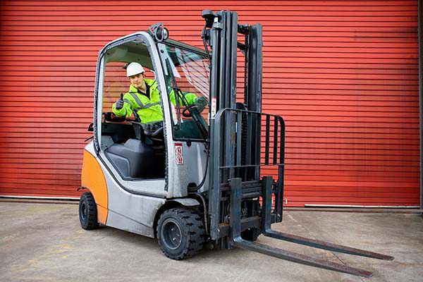 Forklift Rental - Pricing, Options & Free Forklift Rental Quotes